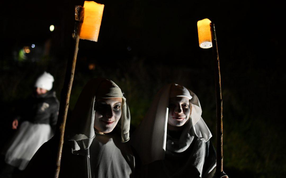 Halloween v Hrobu